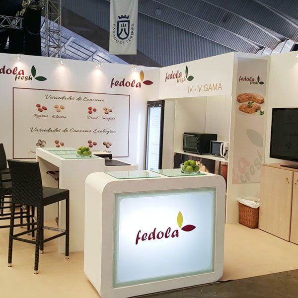 BSING-STAND-STAND-08